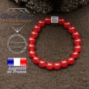 bracelet surmonte de son cube en argent 925 et en pierre naturelle agate-rouge