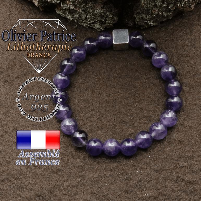 bracelet surmonte de son cube en argent 925 et en pierre naturelle amethyste