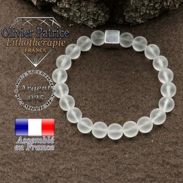 bracelet surmonte de son cube en argent 925 et en pierre naturelle cristale roche mat