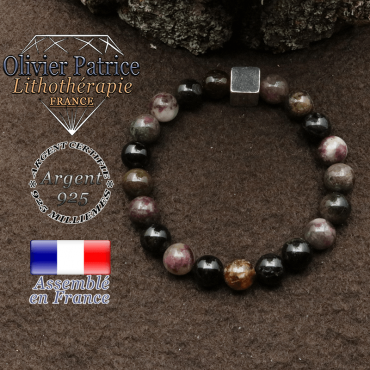 bracelet surmonte de son cube en argent 925 et en pierre naturelle tourmaline elbaite
