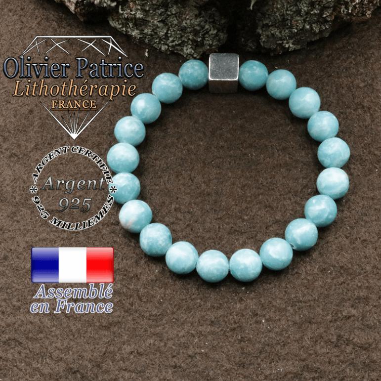 bracelet surmonte de son cube en argent 925 et en pierre naturelle larimar