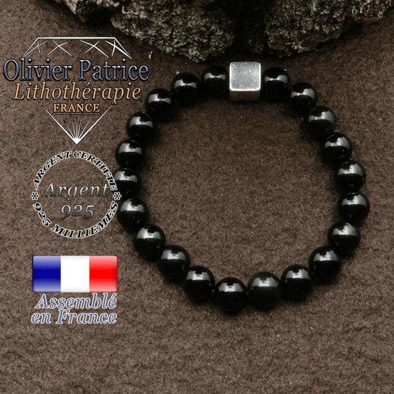 bracelet surmonte de son cube en argent 925 et en pierre naturelle onyx