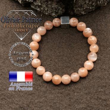 bracelet surmonte de son cube en argent 925 et en pierre naturelle pierre du soleil