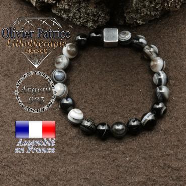 bracelet surmonte de son cube en argent 925 et en pierre naturelle sardonyx