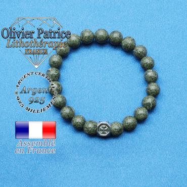 bracelet cube croix en argent 925 et sa pierre naturelle en serpentine