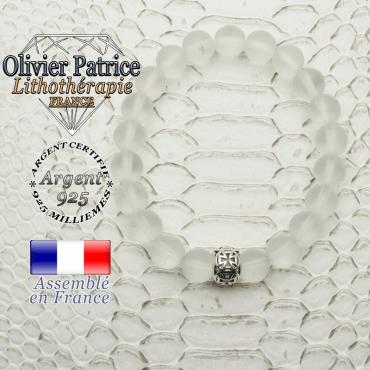 Bracelet en cristal de roche opaque naturel et une croix templier en argent 925