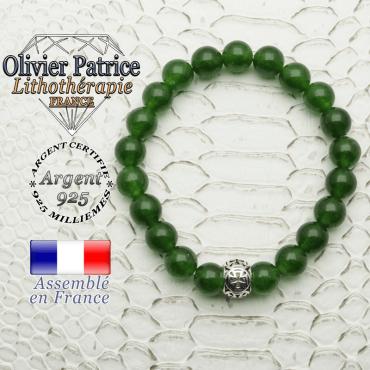 Bracelet en jade de Taiwan et sa boule croix templier en argent 925