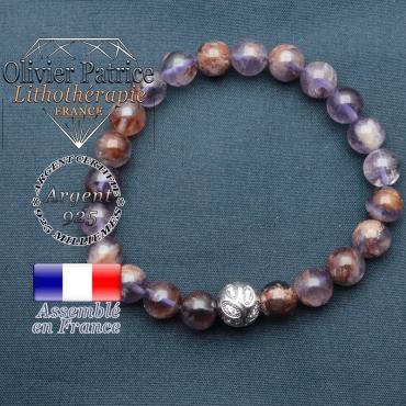 Bracelet surmonté de sa boule gravée de feuilles en argent 925 en pierre naturelle en cacoxenite