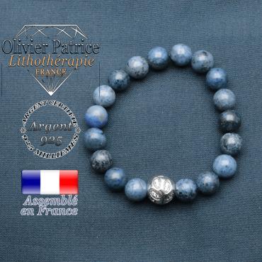Bracelet surmonté de sa boule gravée de feuilles en argent 925 en pierre naturelle en dumortierite