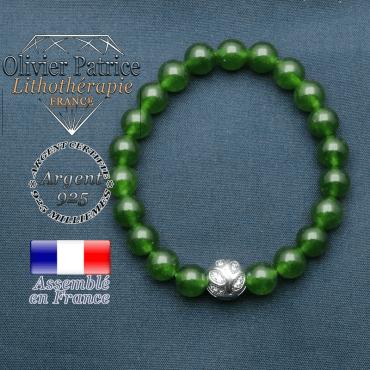 Bracelet surmonté de sa boule gravée de feuilles en argent 925 en pierre naturelle en jade de taiwan