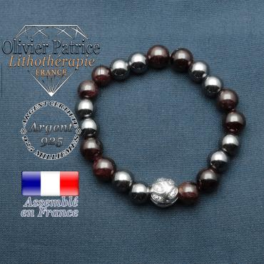 Bracelet surmonté de sa boule gravée de feuilles en argent 925 en pierre naturelle en grenat et hematite