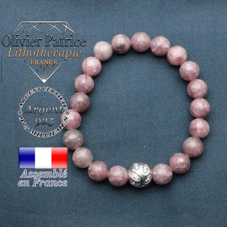 Bracelet surmonté de sa boule gravée de feuilles en argent 925 en pierre naturelle en lepidolite