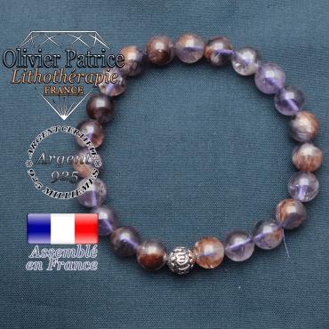 bracelet en pierre naturelle en cacoxenite  et sa boule de finition om mani en argent plaqué