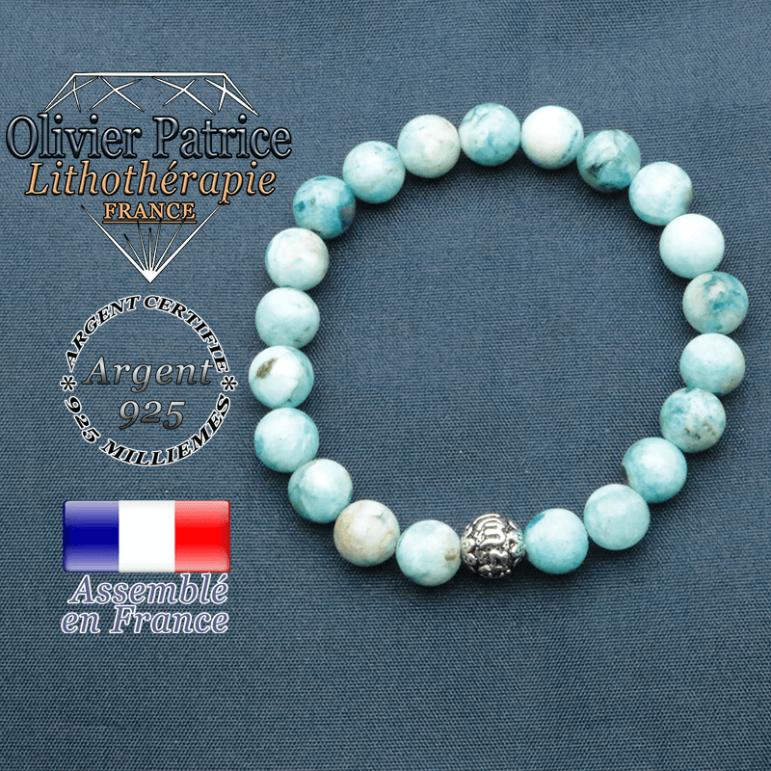 bracelet en pierre naturelle en hemimorphite et sa boule de finition om mani en argent plaqué