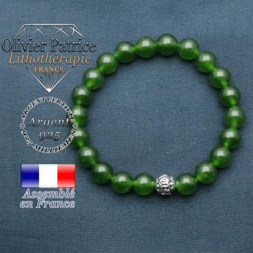 bracelet en pierre naturelle en jade de taiwan et sa boule de finition om mani en argent plaqué