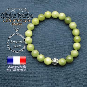 bracelet en pierre naturelle en jade nephrite du canada et sa boule de finition om mani en argent plaqué
