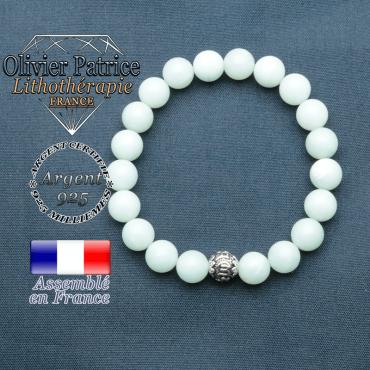 bracelet en pierre naturelle en jade vert et sa boule de finition om mani en argent 925