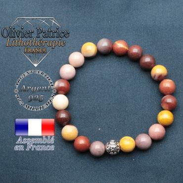 bracelet en pierre naturelle en mokaite et sa boule de finition om mani en argent plaqué