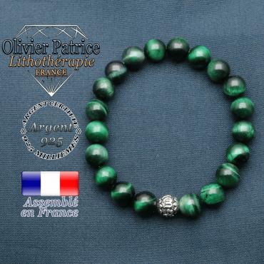bracelet en pierre naturelle en oeil de tigre teinte vert et sa boule de finition om mani en argent plaqué