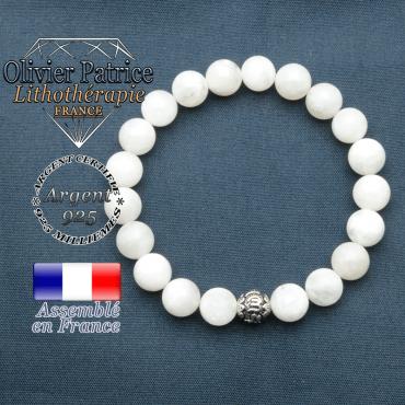 bracelet en pierre naturelle en pierre de lune et sa boule de finition om mani en argent plaqué