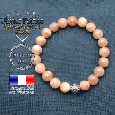 bracelet en pierre naturelle en pierre de soleil et sa boule de finition om mani en argent plaqué