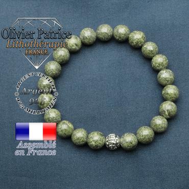 bracelet en pierre naturelle en serpentine et sa boule de finition om mani en argent 925