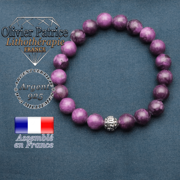 bracelet en pierre naturelle en sugilite et sa boule de finition om mani en argent 925