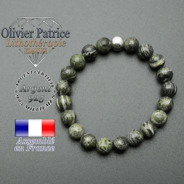 bracelet en pierre naturelle et sa finition boule lisse en argent 925 sa pierre est en jaspe verte zebre