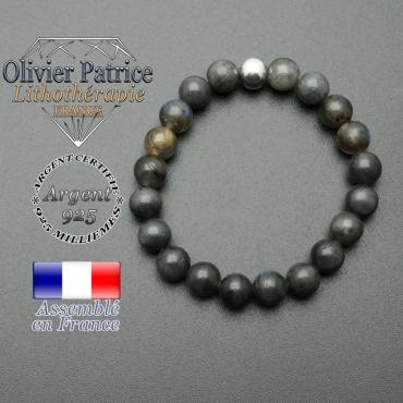 bracelet en pierre naturelle et sa finition boule lisse en argent 925 sa pierre est en labradorite