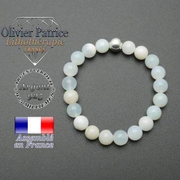 bracelet en pierre naturelle et sa finition boule lisse en argent 925 sa pierre est en opale du perou