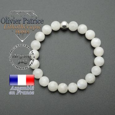 bracelet en pierre naturelle et sa finition boule lisse en argent 925 sa pierre est en pierre de lune