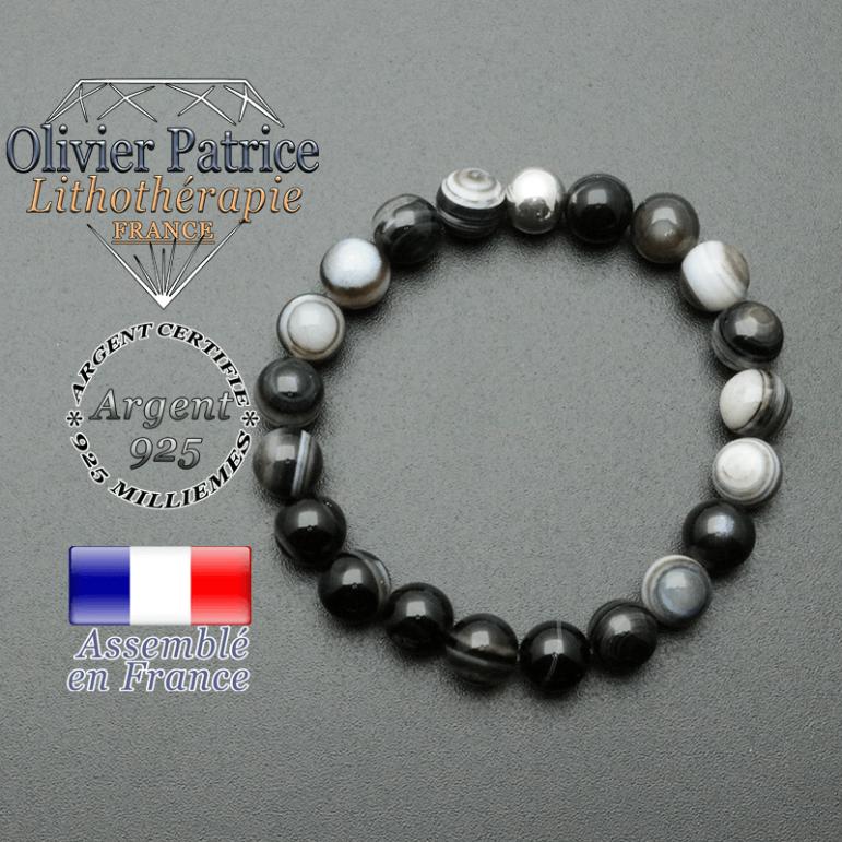 bracelet en pierre naturelle et sa finition boule lisse en argent 925 sa pierre est en sardonyx