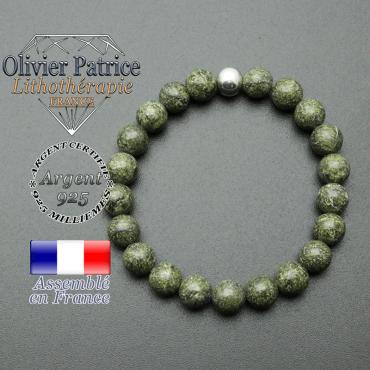 bracelet en pierre naturelle et sa finition boule lisse en argent 925 sa pierre est en serpentine