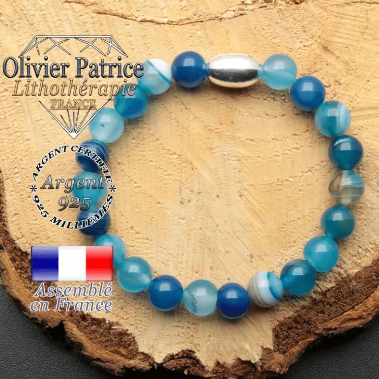 bracelet en pierre naturelle et son appret olive en argent 925 sa pierre est de l'agate bleue a bande