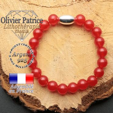 bracelet en pierre naturelle et son appret olive en argent 925 sa pierre est de l'agate rouge