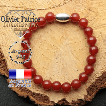 bracelet en pierre naturelle et son appret olive en argent 925 sa pierre est de la cornaline