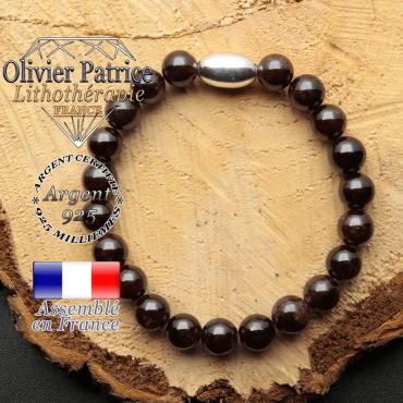 bracelet en pierre naturelle et son appret olive en argent 925 sa pierre est du grenat