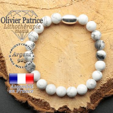 bracelet en pierre naturelle et son appret olive en argent 925 sa pierre est de l'howlite