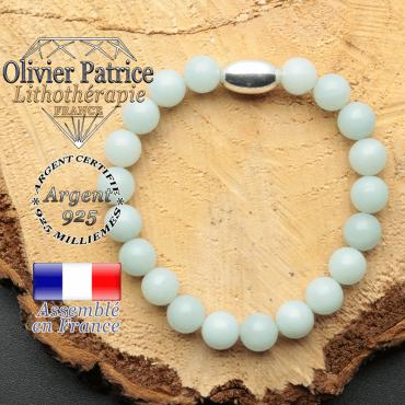bracelet en pierre naturelle et son appret olive en argent 925 sa pierre est du jade vert