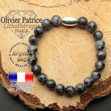 bracelet en pierre naturelle et son appret olive en argent 925 sa pierre est de la larvikite