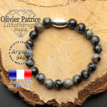 bracelet en pierre naturelle et son appret olive en argent 925 sa pierre est de l'opale grise