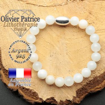 bracelet en pierre naturelle et son appret olive en argent 925 sa pierre est de l'opale verte peruvienne