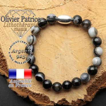bracelet en pierre naturelle et son appret olive en argent 925 sa pierre est de sardonyx