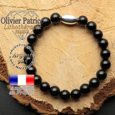bracelet en pierre naturelle et son appret olive en argent 925 sa pierre est de la tourmaline