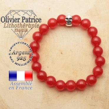 bracelet tete de mort avec sa pierre naturelle en agate rouge