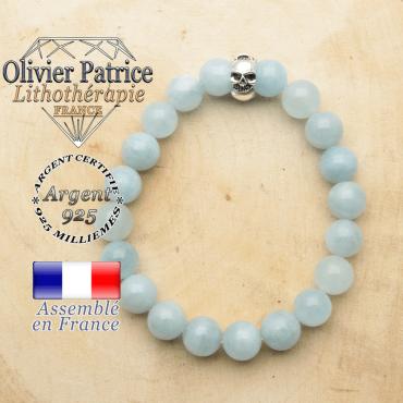 bracelet tete de mort avec sa pierre naturelle en aigue marine