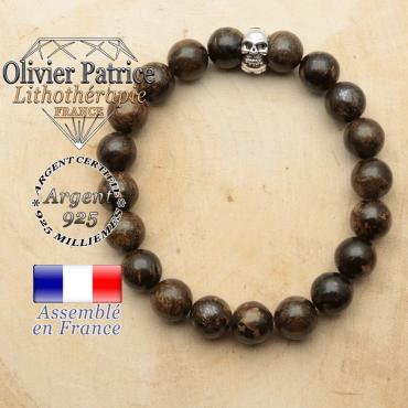 bracelet tete de mort avec sa pierre naturelle en bronzite