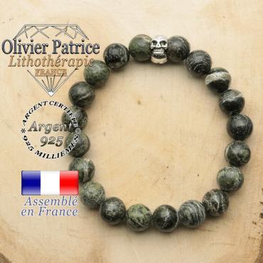 bracelet tete de mort avec sa pierre naturelle en jaspe vert zebre