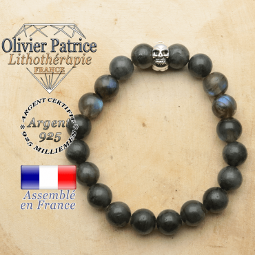 bracelet tete de mort avec sa pierre naturelle en labradorite