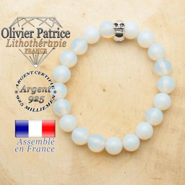 bracelet tete de mort avec sa pierre naturelle en opale